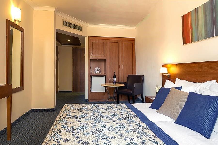 Caesar Jerusalem Hotel - Quadro room